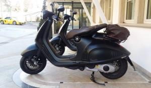 Vespa-946-Emporio-Armani-752x440